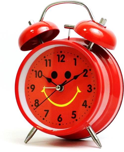 Flipkart SmartBuy Analog Red Clock