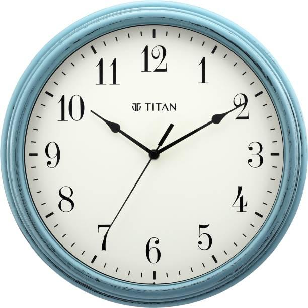 Titan Analog 32.5 cm X 32.5 cm Wall Clock