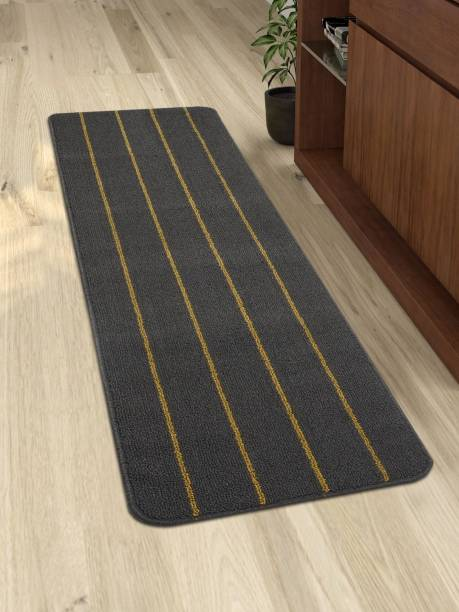 Saral Home Grey Polyester Runner