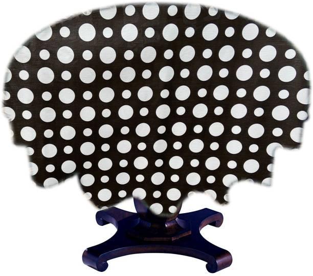 JM Homefurnishings Polka 4 Seater Table Cover