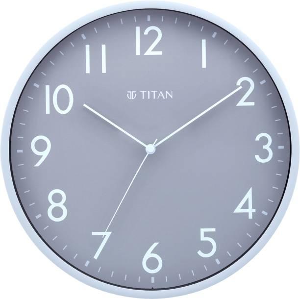 Titan Analog 29.5 cm X 29.5 cm Wall Clock