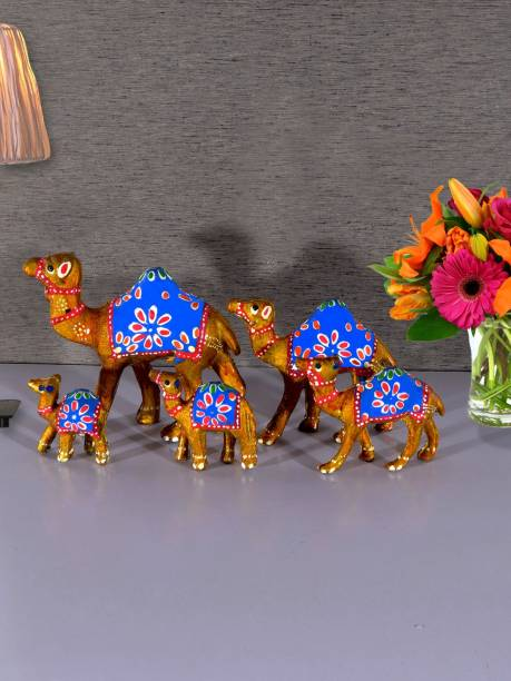Flipkart SmartBuy Handcrafted S/5 Camel Showpiece Decorative Showpiece  -  15.24 cm