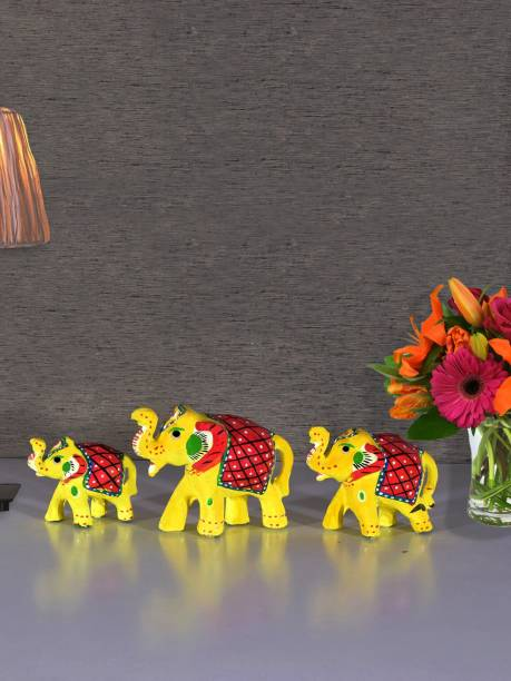 Flipkart SmartBuy Handcrafted S/3 Elephant Showpiece Decorative Showpiece  -  7.62 cm