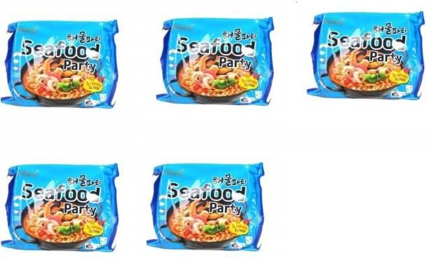 Samyang Sea food party (Pack of 5) 135 grams Instant Noodles Non-vegetarian