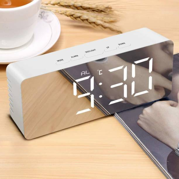 Case Plus Digital Grey Clock