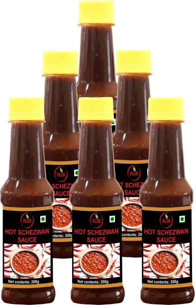 N2B Hot Schezwan Sauce 200g, Pack of 6 Sauce