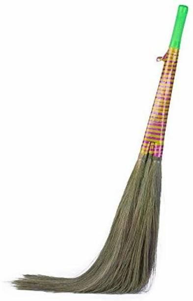 Monkey 555 Mach 3 Grass Dry Broom