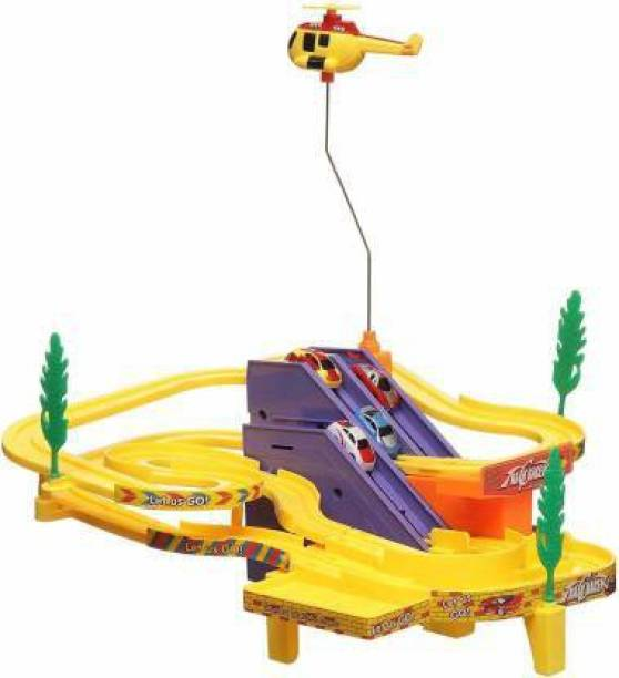 b.h.fashion Track Racer Toy Game Car Racing Ramp Set Battery Operated Musical Games