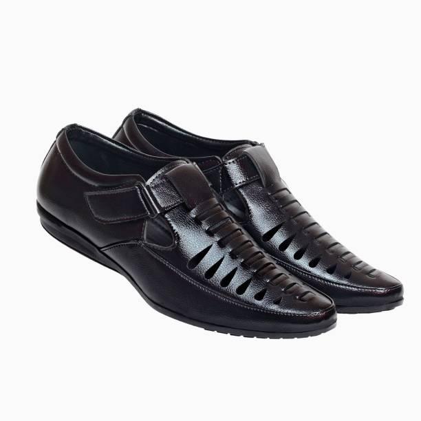 Xylus Men Black Flats