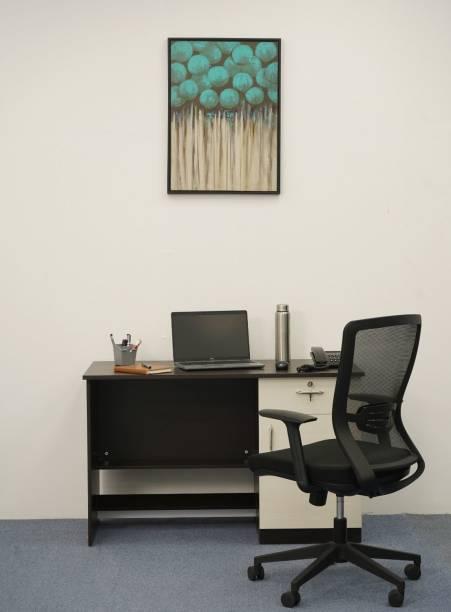 Nilkamal Dalton Engineered Wood Office Table