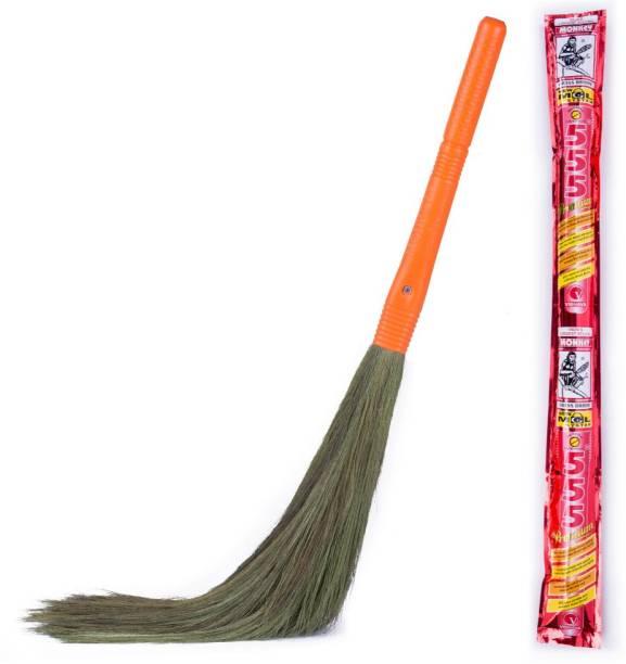 Monkey 555 Premium - Natural Grass Dry Broom