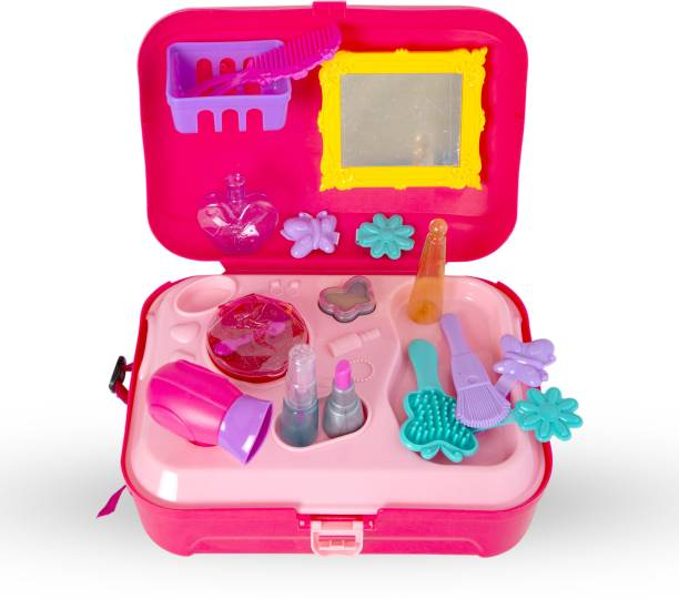 Miss & Chief Dresser Back Pack Play set