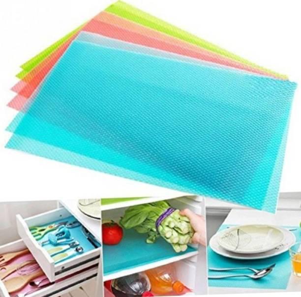 WONDERLAND Multicolor PVC Table Linen Set