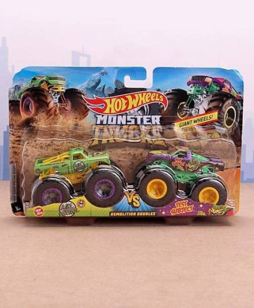 HOT WHEELS FYJ64 Die Cast Free Wheel Demolitions Double Monster Truck A51 Patrol Vs Test Subject - Green Yellow