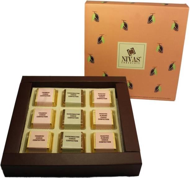 NIVAS CHOCOLATE MEDLEY CHOCO CONFECTION GIFT BOX Crackles