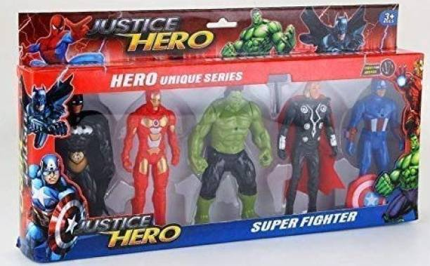 Shana Marvel Super Hero Adventures Ultimate Super Hero Set, 3 Collectible Action Figures, Toys for Kids Ages 3 and Up.