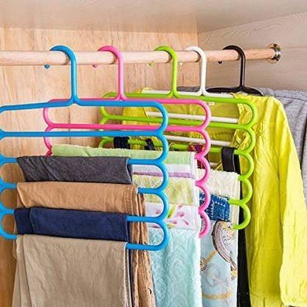 INSPYOGI Plastic Pack of 6 Clothes Hangers (Multicolor) Plastic Pack of 6 Hangers