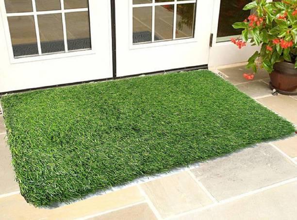 Amor International Artificial Grass, PP (Polypropylene) Floor Mat
