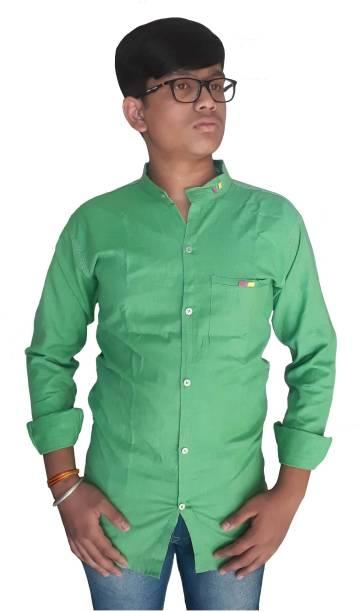 Jio Men Solid Casual Light Green Shirt