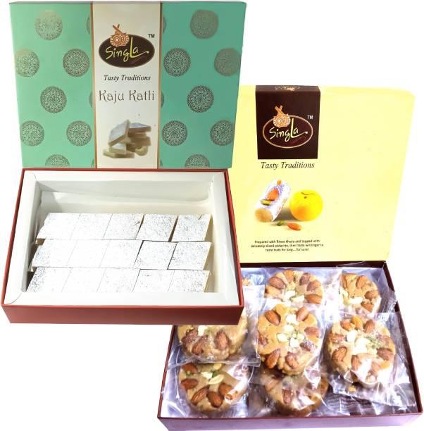 Singla Kaju Katli 400g Soan Halwa 400g Sweets Combo (Pack Of 2 *400g, 800g) Box