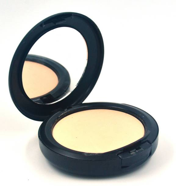 MAC leans NC30 STUDIO FIX POWDER PLUS FOUNDATION Compact