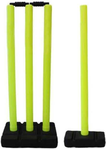 L'AVENIR SPORTS Quality Plastic Stump Set - 4 Wickets + 2 Base (1Big + 1Small) + 2 Bails