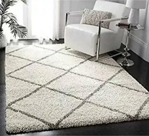 RM Handloom White, Grey Polyester Carpet