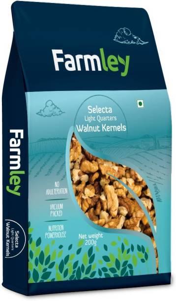 Farmley Selecta Light Quarters Kernels Walnuts