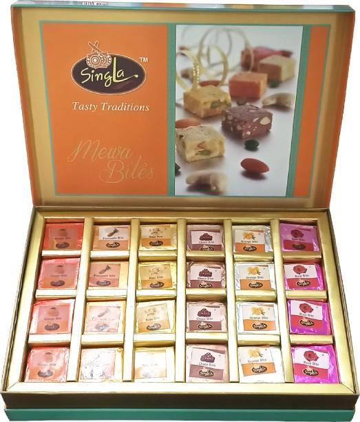 Singla Sweets Mix Bite Burfi Sweets 1Kg Festive Gift Box