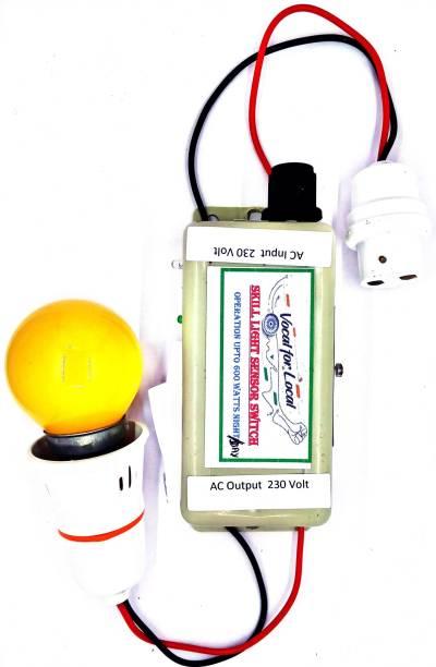Skill Light Sensor Switch NIGHT/DAY 600 Watts Smart Switch