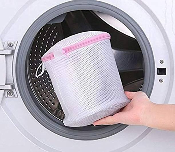 lukzer 4 L White Laundry Bag