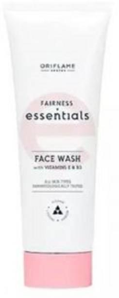Oriflame Sweden Essential Fairness  with Vitamin E & B3 (125 ml) Face Wash
