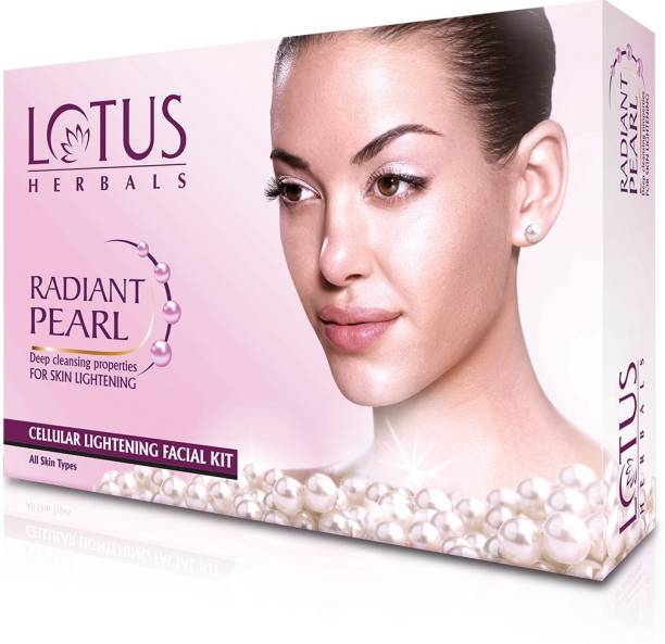 LOTUS HERBALS Radiant Pearl Facial Kit