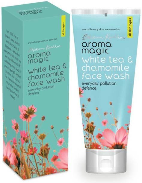 Aroma Magic WHITETEA&CHARMILE Face Wash