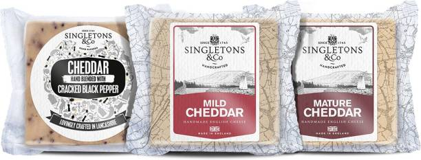 Singletons & Co Cracked Black Paper, Mild White And Mature White Cheddar Cheese Combo Pack 600 g