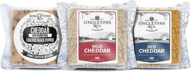 Singletons & Co Cracked Black Paper, Mild White And Mild Red Cheddar Cheese Combo Pack 600 g
