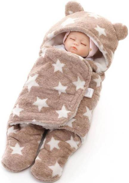 FIRST TREND Printed Crib Hooded Baby Blanket