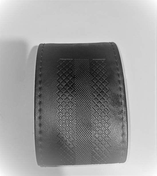 s mangalam Hand Stiched Steering Cover For Mini Omni, i10 Active, S-Class, Fluidic Verna, Swift Dzire, New Swift