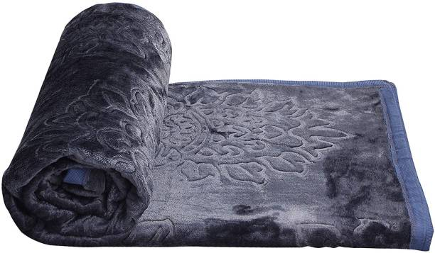 EVERDECOR Self Design Double Mink Blanket