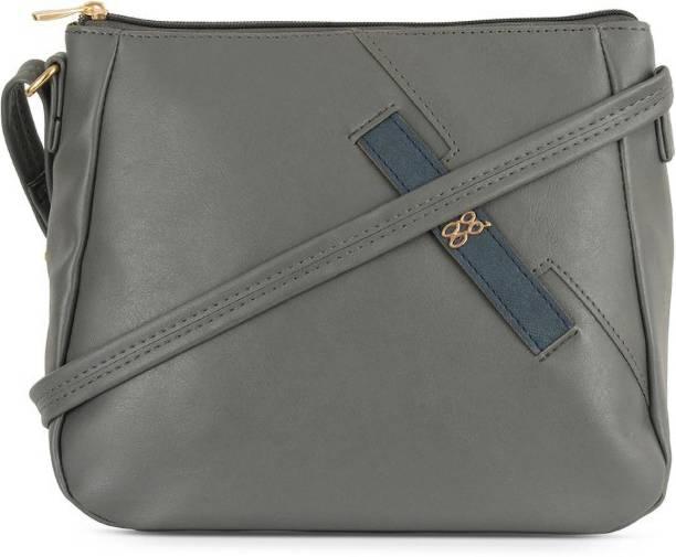 Baggit Women Grey Shoulder Bag