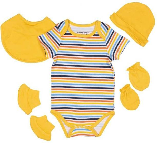 Miss & Chief New Born Baby Clothing Gift Pack Combo .100% Cotton , 5 in 1 |(Unisex - 0-6M)