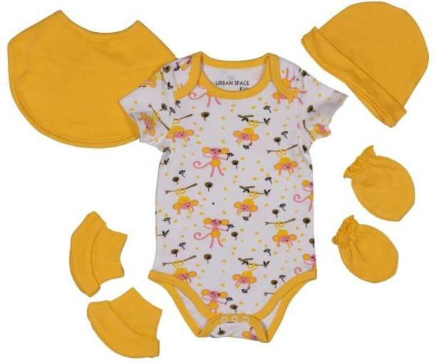 Miss & Chief New Born Baby Clothing Gift Pack Combo .100% Cotton , 5 in 1 | (Unisex - 0-6M)