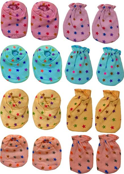 Bigbought 4 Pair Of Hand Mittens (Hosiery Soft Material), 4 Pair Of Leg Booties (Hosiery Soft Material)