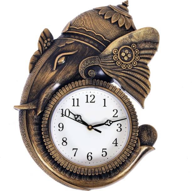 GrabBasket Analog 38 cm X 29 cm Wall Clock