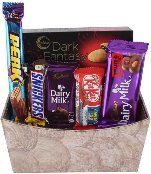 Cadbury Creamy Chocolate Combo With Designer Basket | Chocolate Gift Hamper For Holi, Rakhi, Christmas, Birthday, Anniversary, Diwali Bars