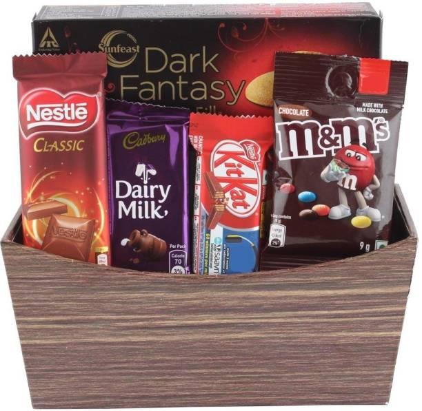 Cadbury Surprise Gift Hamper for Chocolate Lovers | Chocolates With Beautiful Basket | Chocolate Gift Hamper For Holi, Rakhi, Christmas, Birthday, Anniversary, Diwali Combo