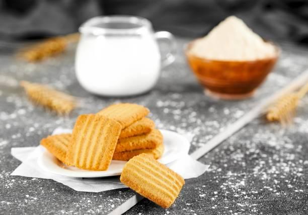 BADSHAH MILK RUSK Pack of 3- Aata cookies - 300 g each pack Multi Grain