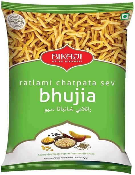 Bikaji Ratlami Chatpata Sev Bhujia-Spicy Crunchy Gathiya-Vegetarian Snack-Traditional Indian Namkeen-400 gm ( pack of 2)