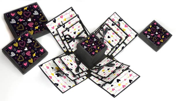 Nyaro Love Heart 3 Layered Explosion Box Pink Heart Greeting Card