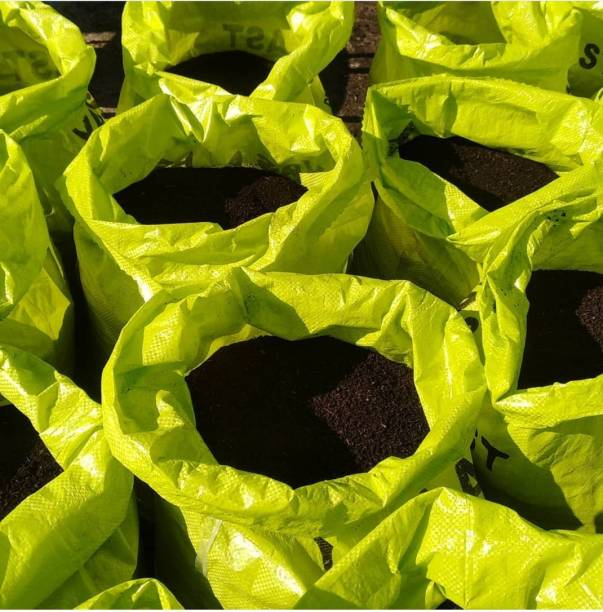kariox 10 Kg Vermicompost, Made from Cow Manure, 100% Organic & Natural Plant Nutrient For Home Gardens And Potting Mix Manure (10 kg, Powder) Manure, Soil